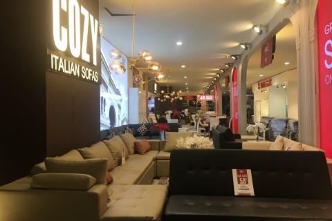 Thi công và trang trí Showroom Cozy Hội chợ